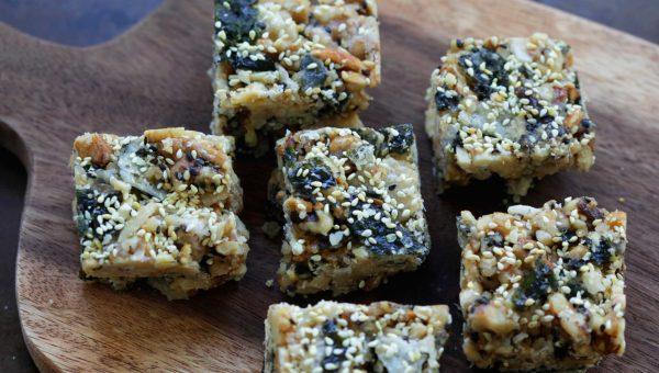 Annie Chun's Walnut, Almond, and Seaweed Crisps Snack Bar